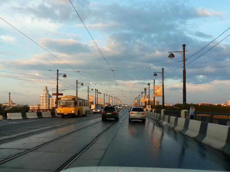 20180626. На Глазковском мосту через реку Ангара, в Иркутске.