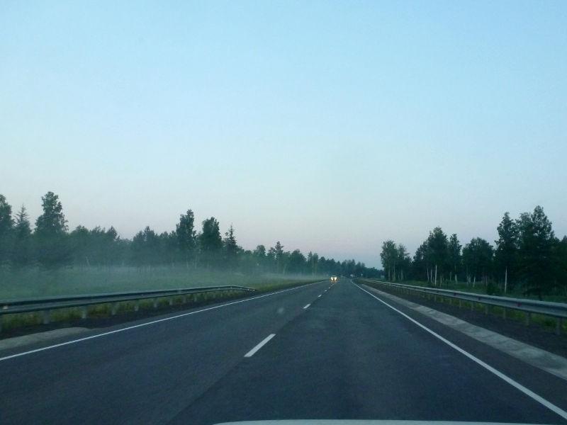 20180628. Ранним утром на трассе M-53 (AH6), неподалеку от села Елизаветка.