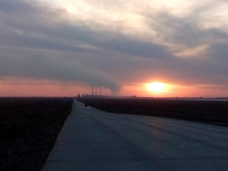 20160518. Бетонная дорога от электролизного завода в Павлодар.