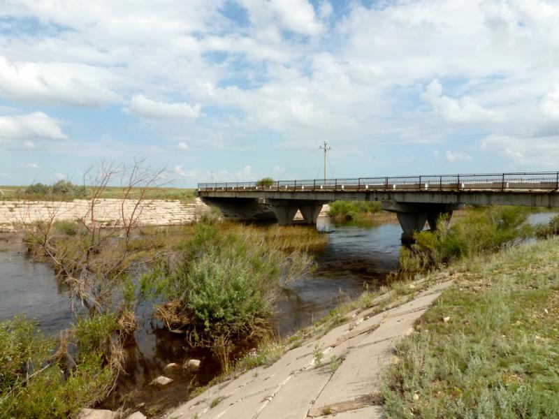 20160806. Капитальный мост через речку Оленты, на дороге от села Бозтал к железнодорожной станции Уленты.