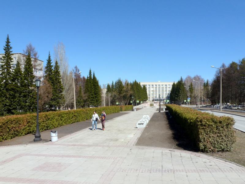 20170422. На проспекте Академика Коптюга, ввиду института ядерной физики имени Будкера в Академгородке.