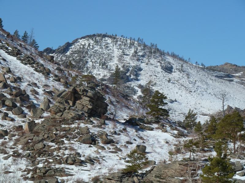 20110321: Каменистый северный склон горы Киишкий.