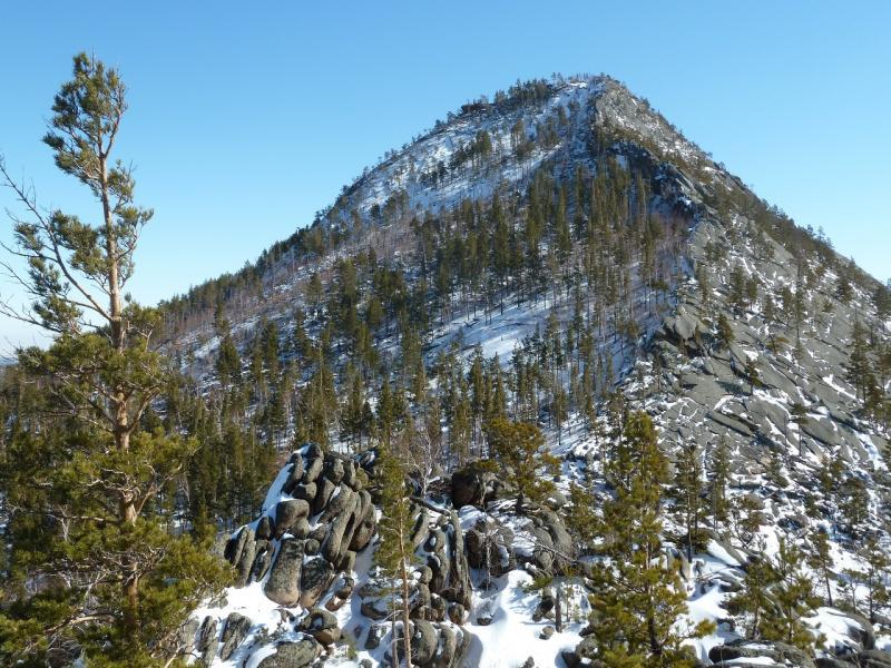 20110321: Вид на вершину Киишкий с южного берега озера Джасыбай.
