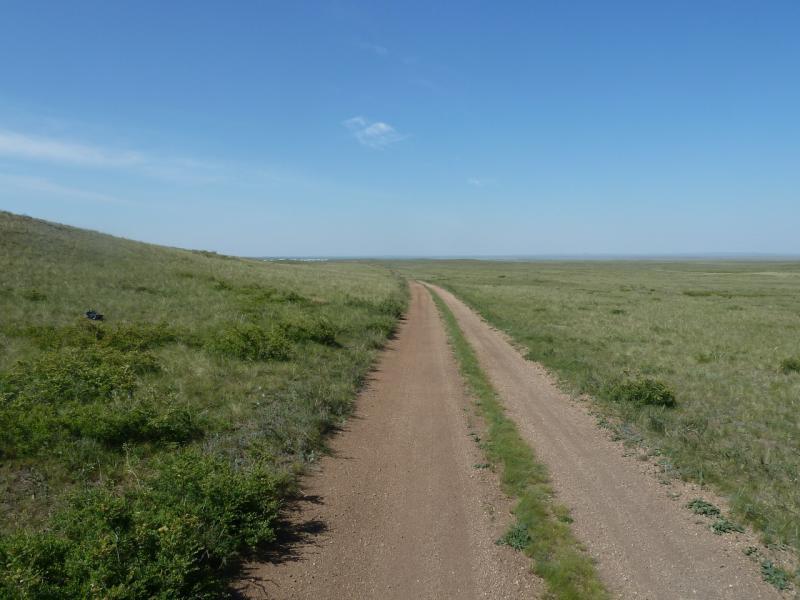 20110516. Дорога набитая, очень хорошая.