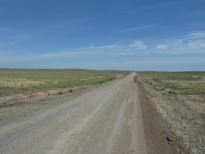 20110517. Вот эта отвратительная дорога - на Экибастуз.