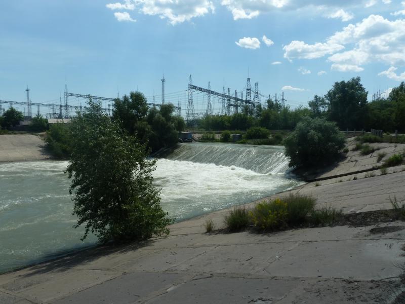 20110618. Опасно открытый водосброс.