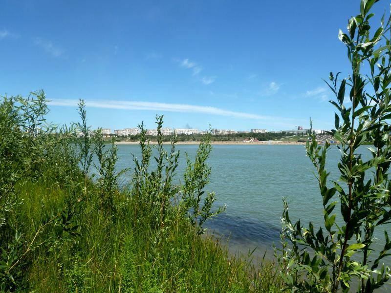 20110723. Вид на город Павлодар с левого берега реки Иртыш, от точки напротив административного центра.