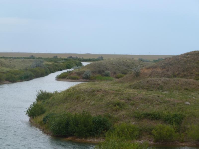20110807. Павлодар-Астана. Система каналов Щидертинского водохранилища.