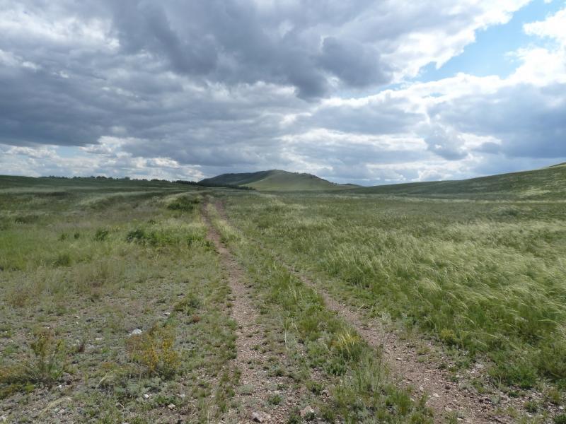 20110808. Павлодар-Астана. Дорога в горы Ерментау.