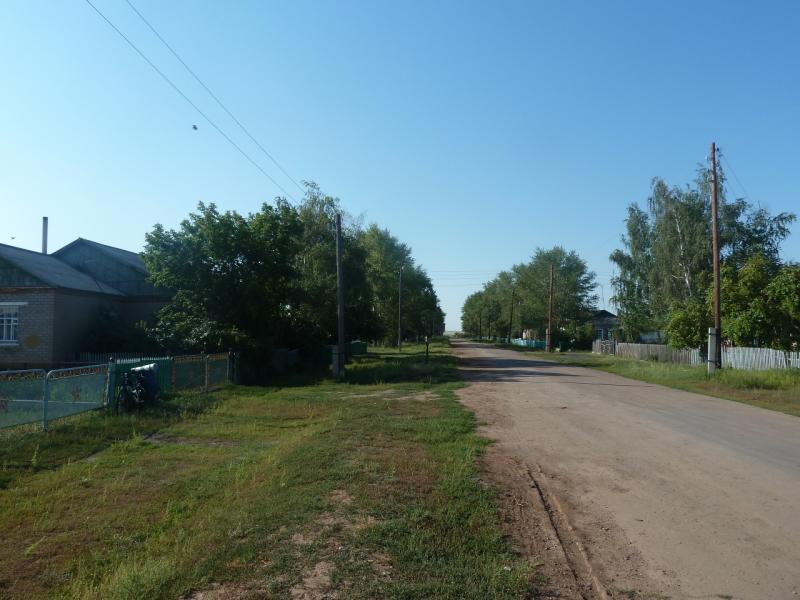 20110811. Павлодар-Астана. Улицы Новодолинки.