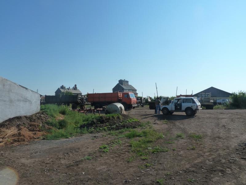 20110811. Павлодар-Астана. Фермерское хозяйство в селе Новодолинка.