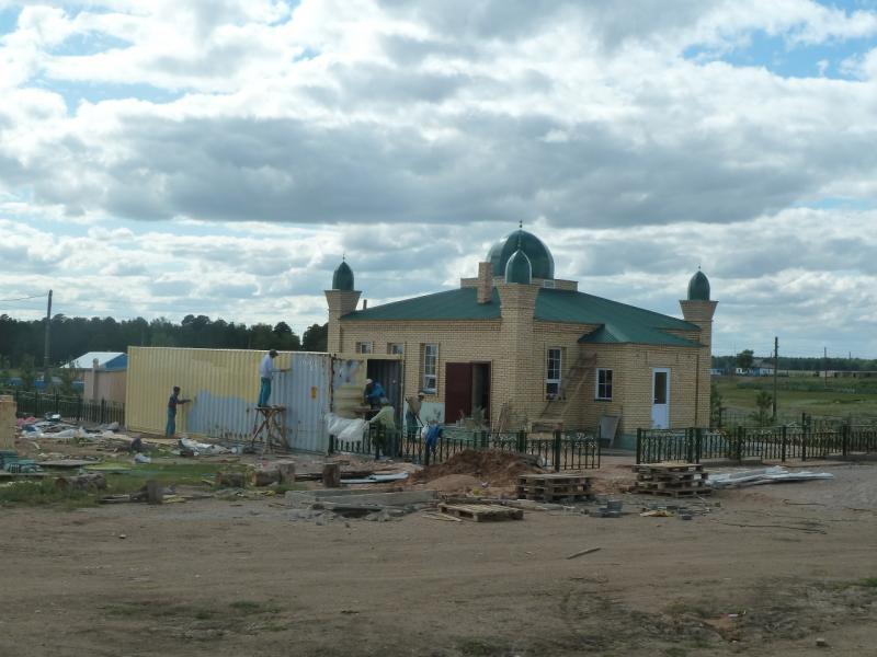 20110818. Астана-Боровое. Строительство мечети в селе Уюмшил.