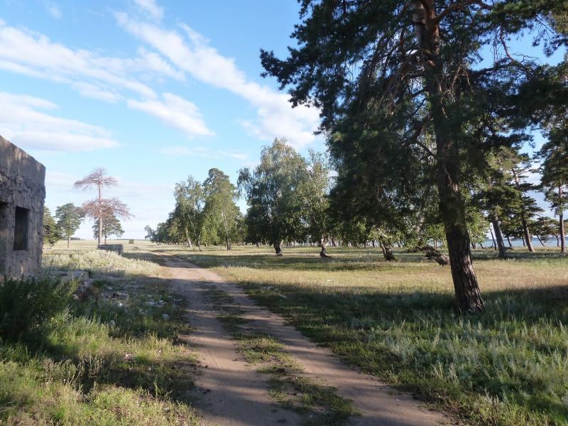 20110818. Астана-Боровое. Место тусовок тупой части молодняка села Жукей.