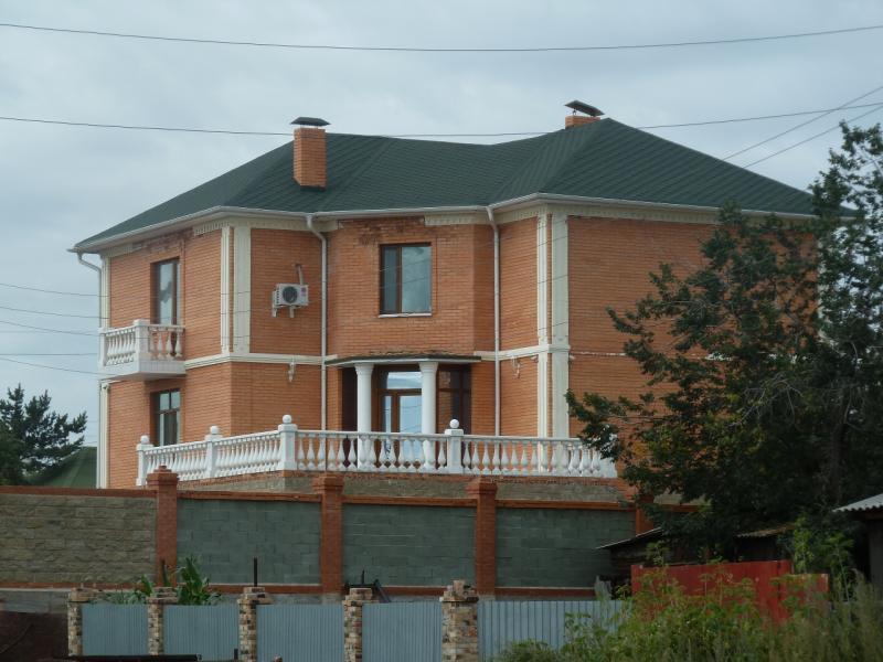 20110819. Астана-Боровое, Свежий и нелепый Щучинск.