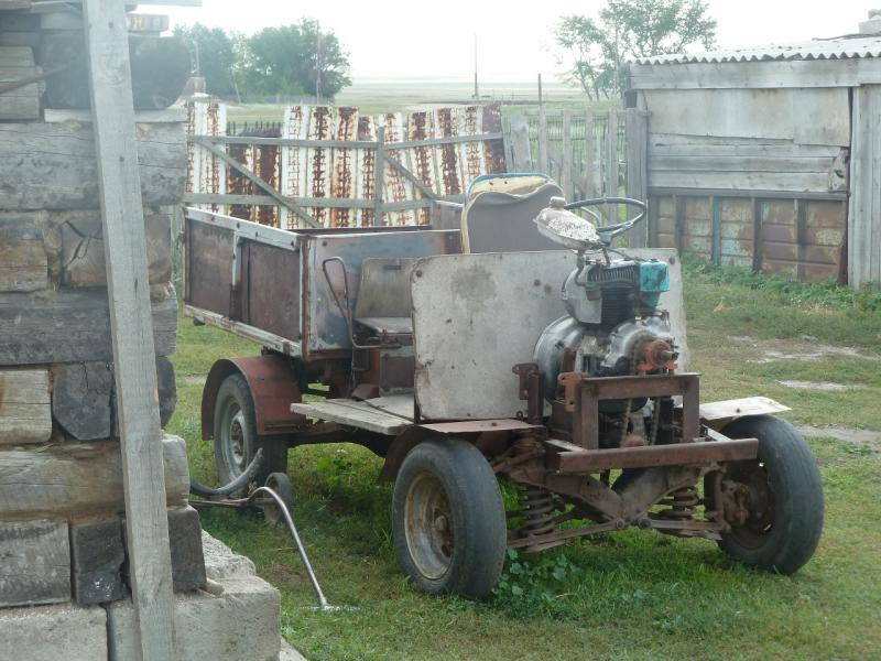 20110822. Боровое-Павлодар. Современная мамайская модель мелколитражного малотоннажного грузовичка.