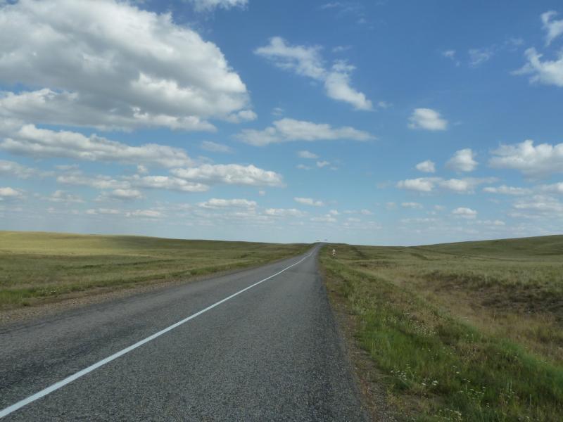 20110822. Боровое-Павлодар. Дорога на Степногорск в районе села Черняховское.