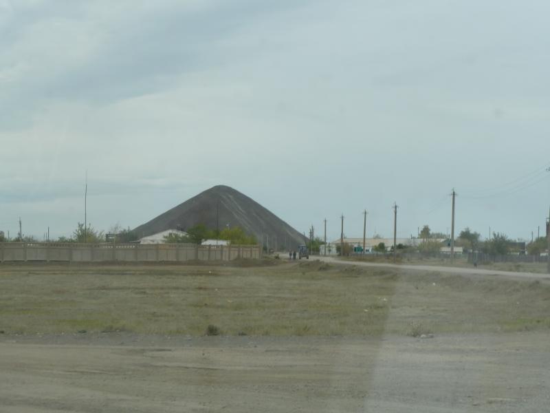 20110823. Боровое-Павлодар. Отвал старых шахт.