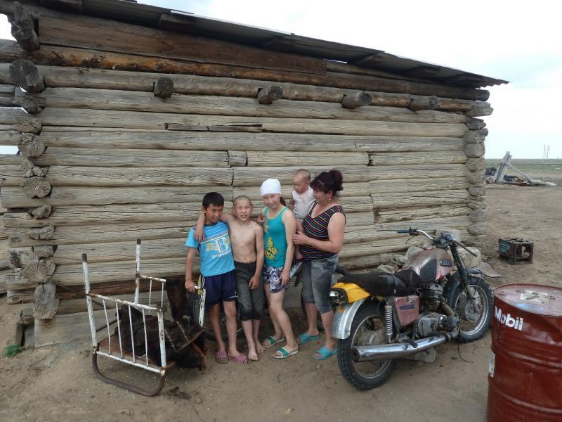 20120514. На Майкарагай: фотосессия в селе Жабагыль.
