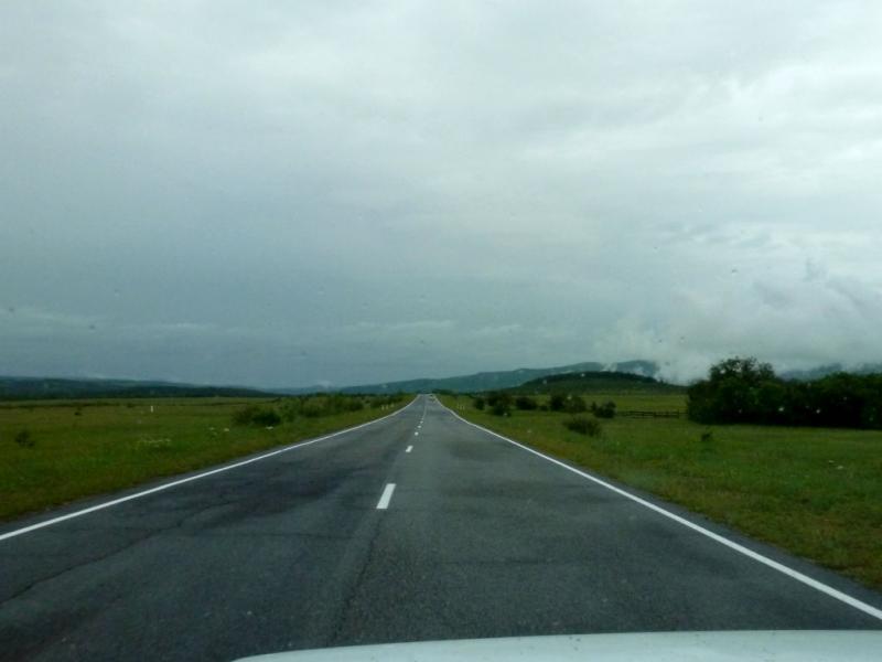 20180622. На дороге к курорту Аршан, располагающемуся непосредственно под горным массивом Тункинские гольцы.