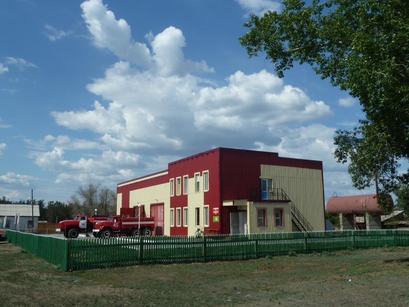 20120515. Шалдайскими борами: пожарная станция в селе Шалдай.