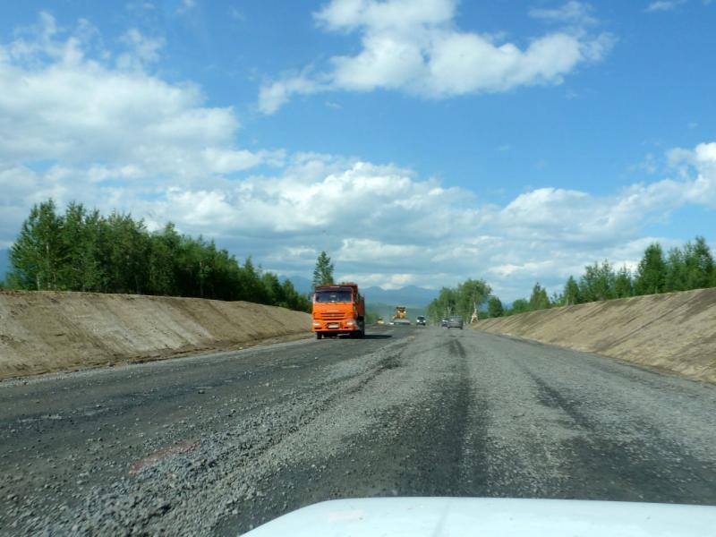 20180623. Строящийся участок автодороги A-164 (A-333) вдоль хребта Шиманская грива.