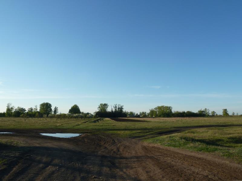 20120517. Степями и полями: въезд в Ковалёвку со стороны полей.