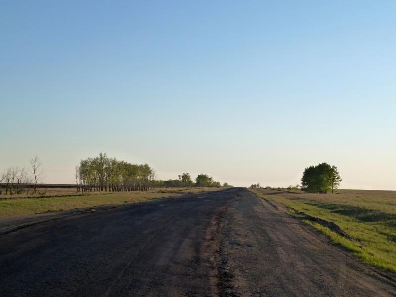 20120517. Степями и полями: трасса Успенка-Лозовое.