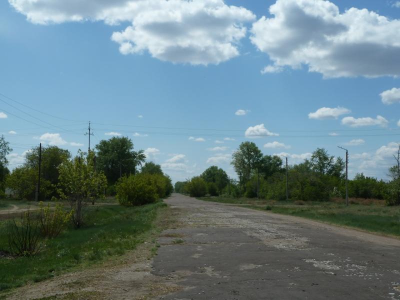 20120518. Успенскими окраинами: ранее оживлённая улица села Богатырь.