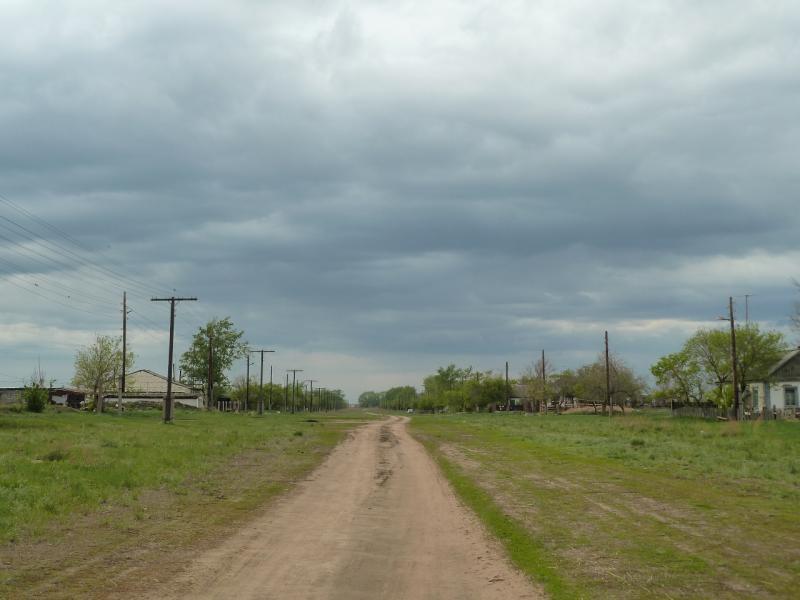 20120518. Успенскими окраинами: единственная улица села Малые Березняки.