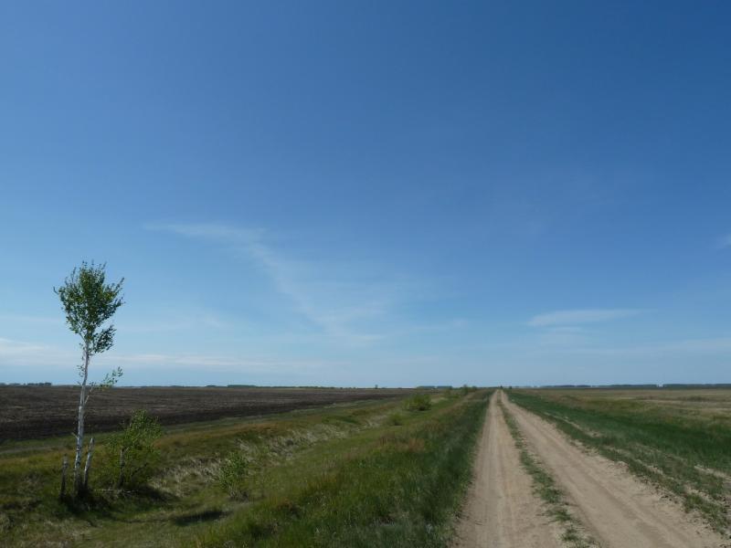 20120522. Сухопутным полуостровом: дорога Озёрное-Жанабет.