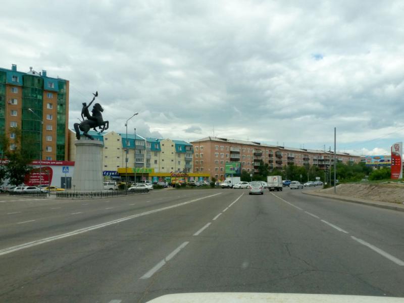20180626. На магистральной улице Борсоева, в Улан-Удэ.