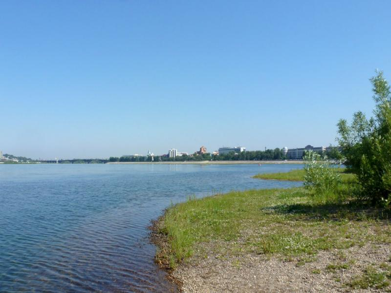 20180627. Иркутск. Вид на Ангару, вниз по течению, с острова Юность.