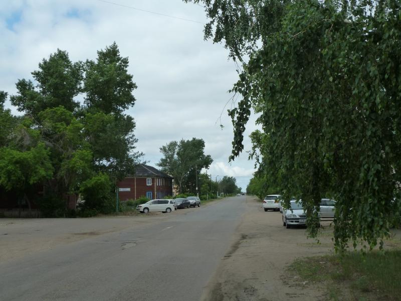 20120615. Кулунда. Главной улицей.