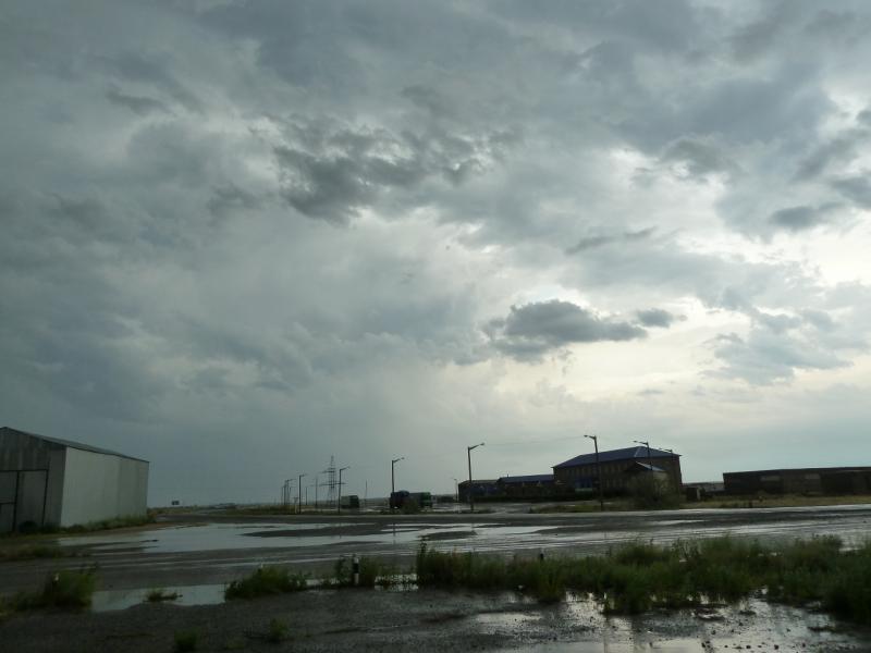 20120628. Павлодар-Астана: прелестные дождливые индустриальные виды.