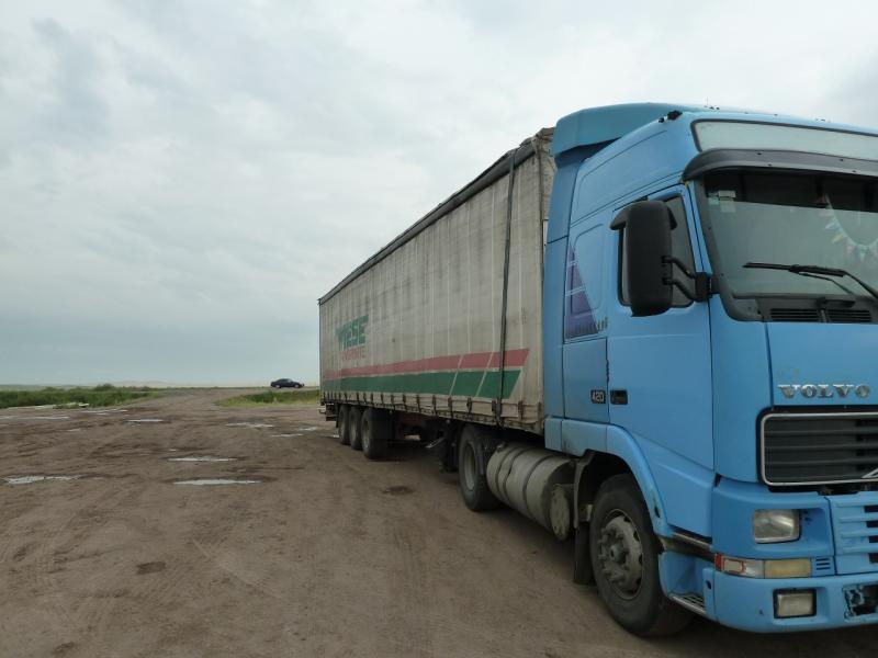 20120628. Павлодар-Астана: труженик казахстанских дорог.