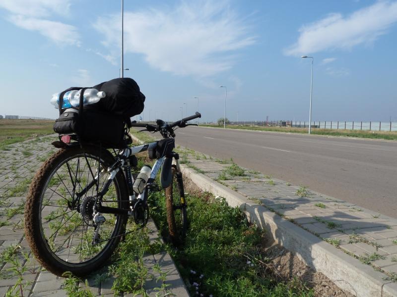 20120629. КТЛ-Астана: дальше уже асфальт, можно расслабится.