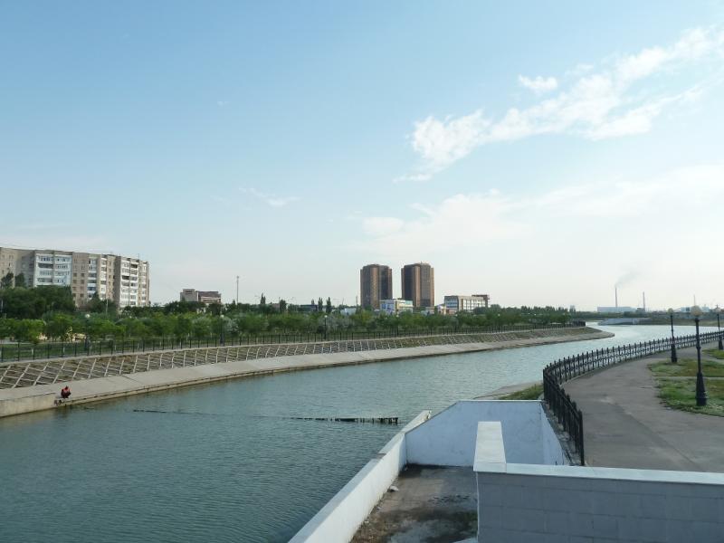 20120629. КТЛ-Астана: вид на реку Ак-Булак.