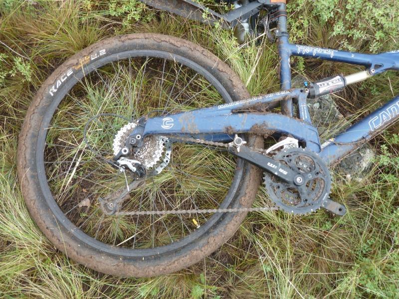 20120630. Баймен-2012: задок велосипеда Сани.