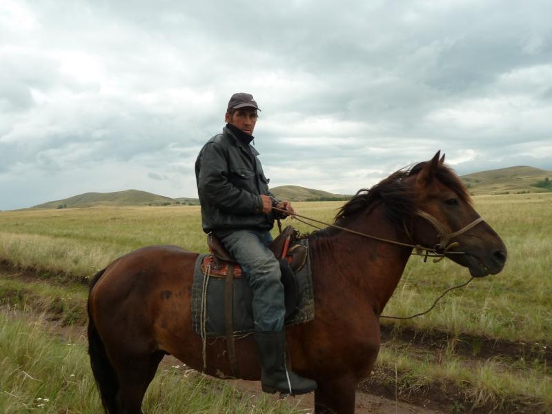 20120630. Баймен-2012: местный чабан.