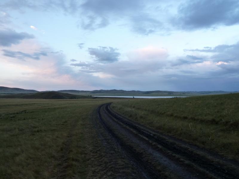 20120630. Баймен-2012: вот и озеро Жартас, Байменское водохранилище показалось.
