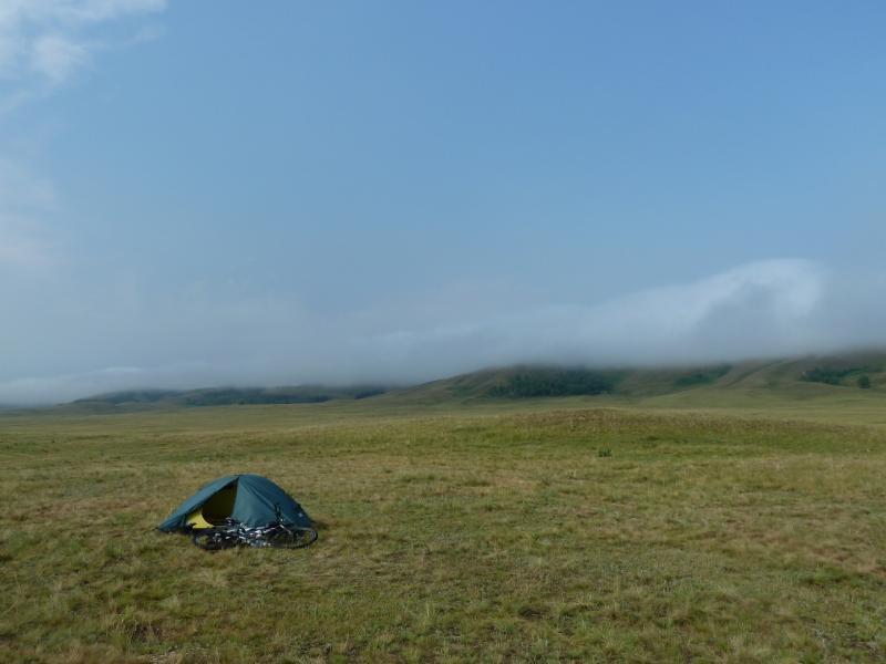 20120701. Баймен-2012: моя палатка у Байменского водохранилища.