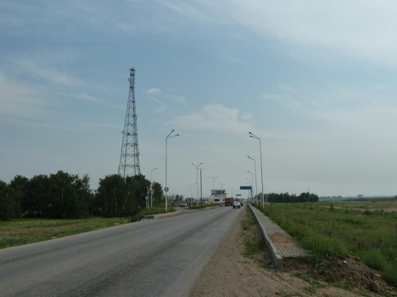 20120703. Астана-Павлодар: впереди КПП дороги Астана-Павлодар.