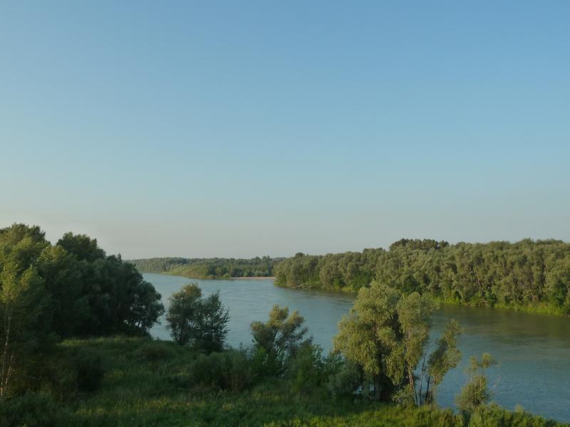 20120715. Павлодар-Аксу: вид на реку Иртыш с автомобильного моста.