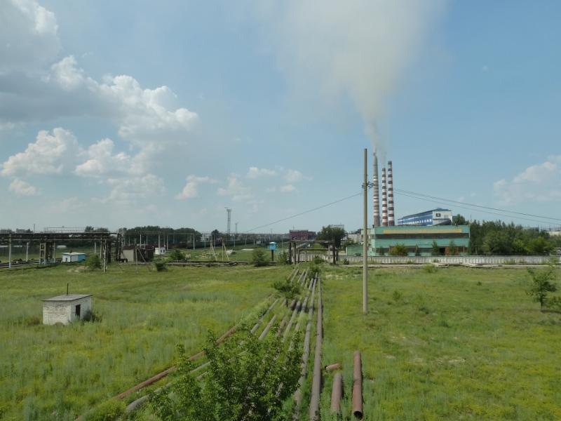 20120715. Аксу-Павлодар: вид на Аксусскую ГРЭС с автомобильного моста.