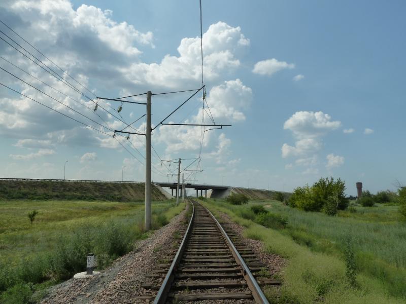 20120715. Аксу-Павлодар: ветка железной дороги Аксусской ГРЭС.