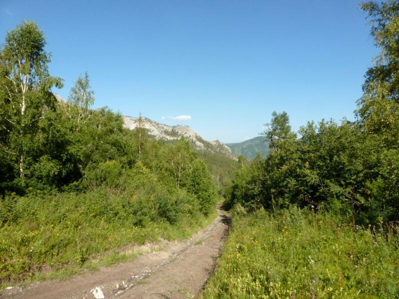 20180806. Дорога в ущелье речушки Агайры.