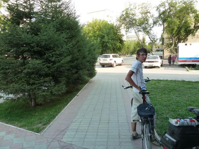 20120715. Аксу-Павлодар: финиш, Илья.