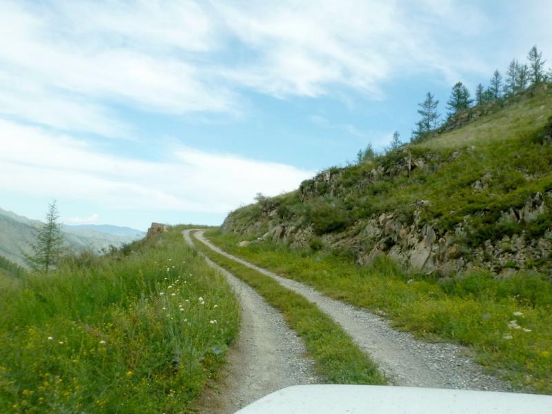 20180807. Въезд на первый виток серпантина старой дороги перевала Чике-Таман.