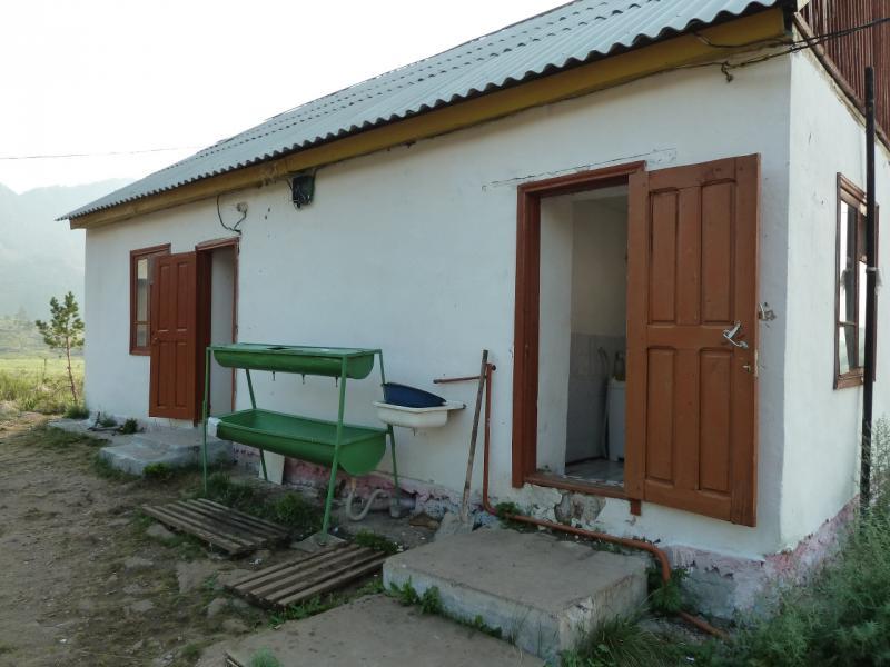 "Дом отдыха ""Тумар"" в Баянауле. Домик с номерами на два места."