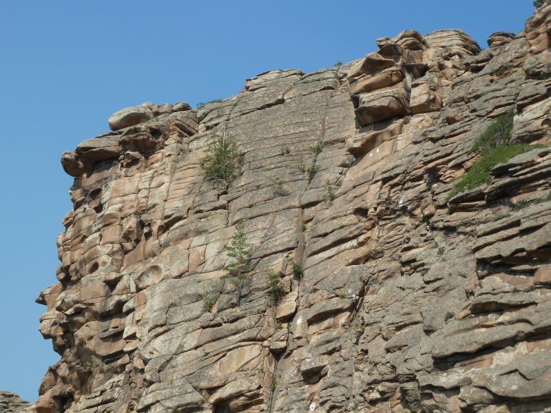 20120725. Каменная стена.